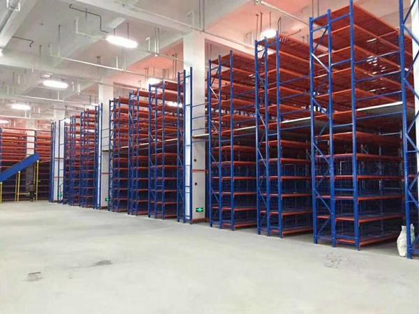 安徽某制造业公司横梁式仓库货架项目